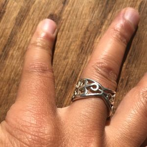 Jewelry - Vintage adjustable 925 silver ring
